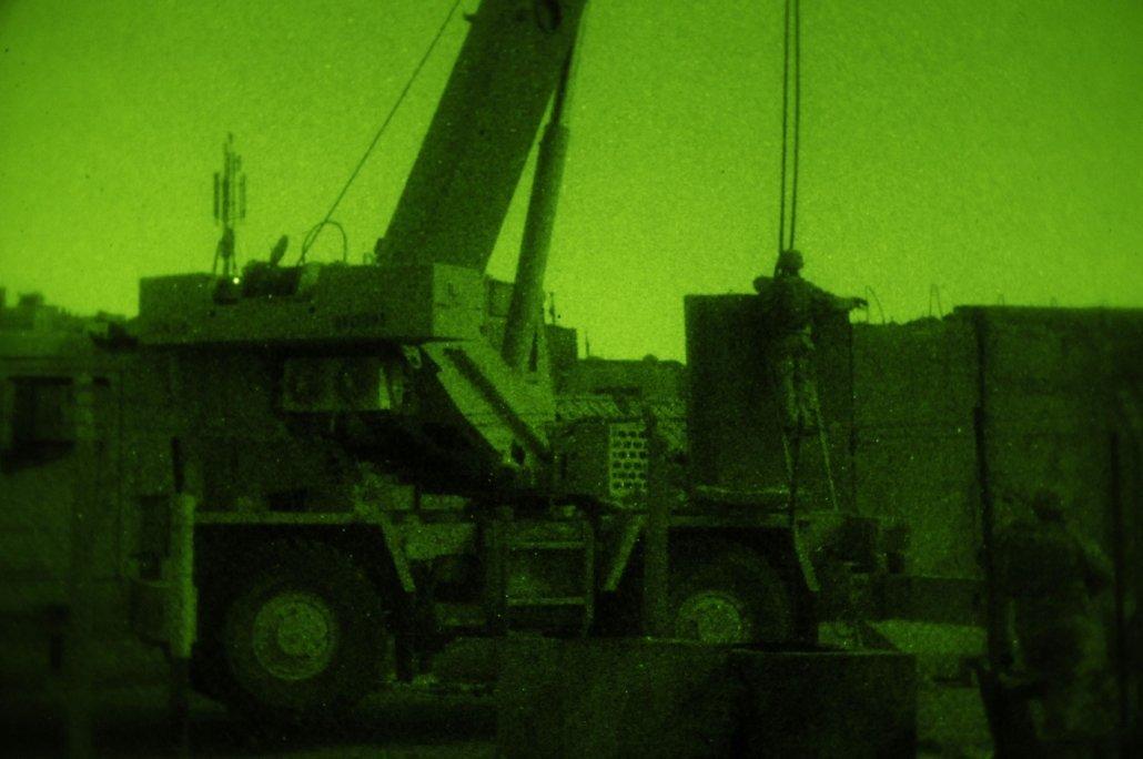 Engineers-secure-cranes-_85228-1030x684.