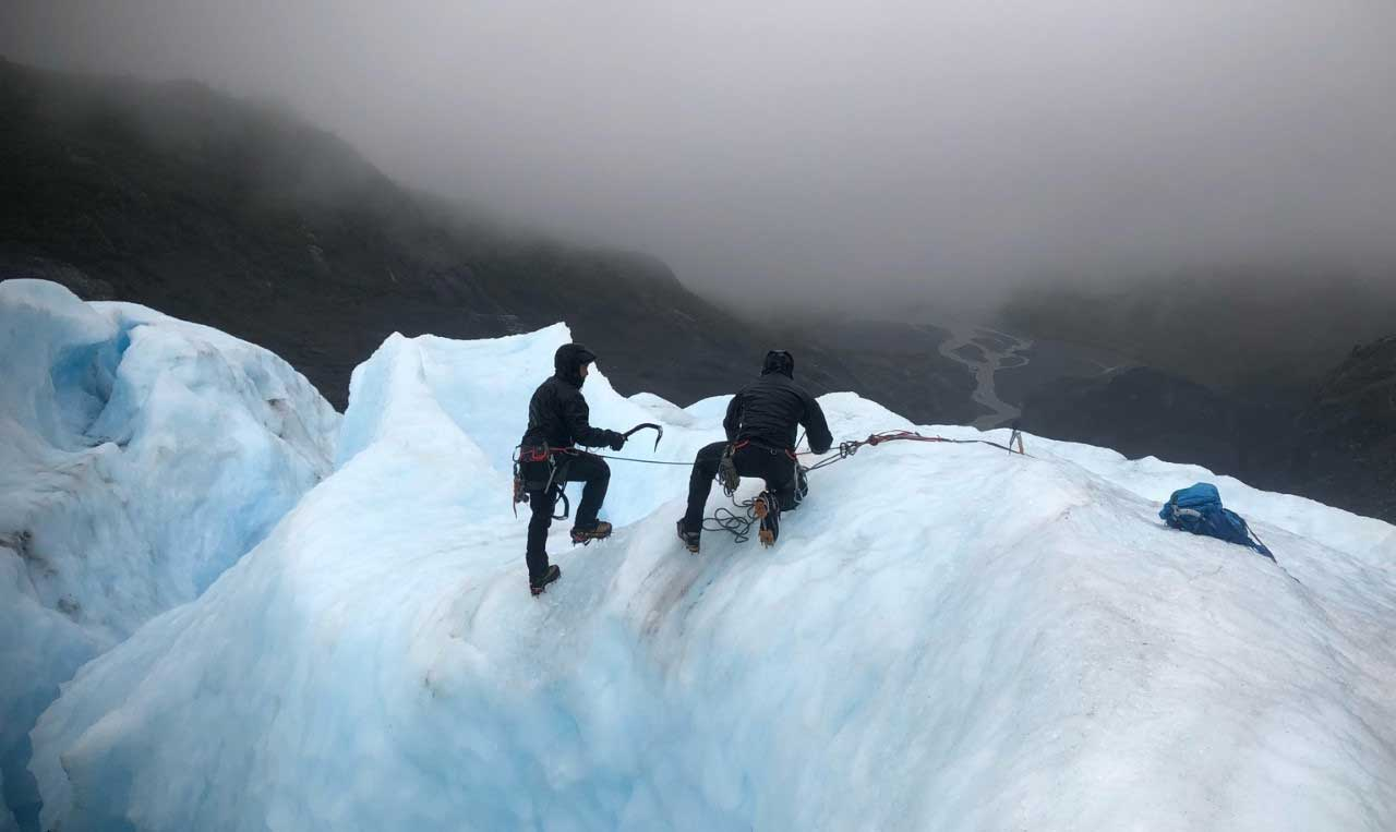 Green Berets with 1st Special Forces Group (Airborne) practice self-recovery from a glacial crevasse during an arctic warfare training exercise in Seward, Alaska. Photo by Kayla Hocker, courtesy of 1st Special Forces Group (Airborne).