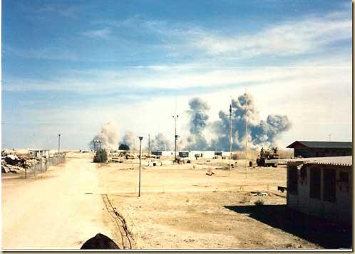 Demolition of Iraqi munitions at Khamisiyah munitions depot, March 10, 1991. Photo courtesy of Jack Morgan.